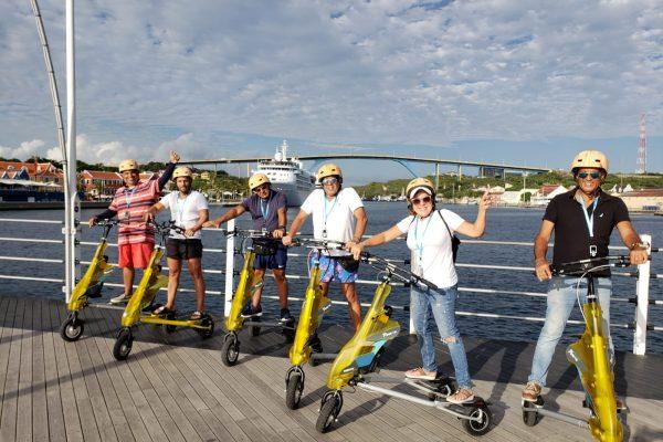 Trikke Tour Curaçao - Emma Bridge